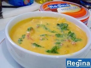 Receita de Sopa de Abóbora com Carne Seca Paineira e Requeijão
